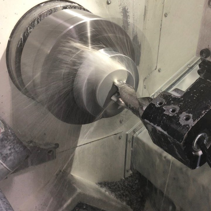 "Why we love indexable drills on our lathes. Drilling and boring 5"" dia. A36.  @mazak…"